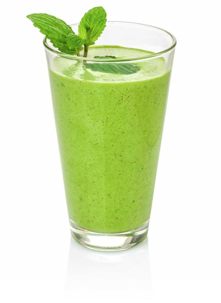 Alternatives to Plain Water: Green Juice